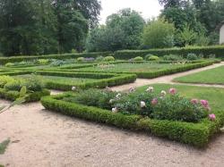 Formal cutting garden